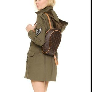 AUTHENTIC  Louis Vuitton Back Pack Ellipse